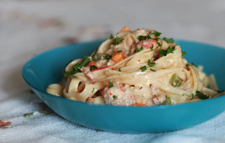 Bacon and vegetables pasta with cream sauce | casaveneracion.com