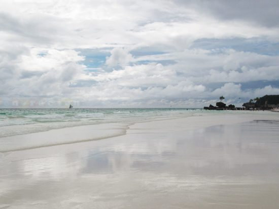 Boracay's white sand is contraband