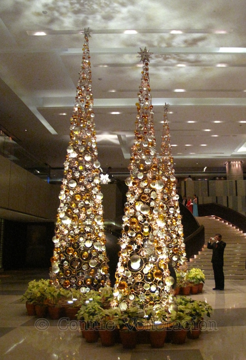 christmas-trees-new-world-hotel