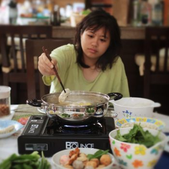 Hot pot (steamboat) lunch at home is a lot of fun