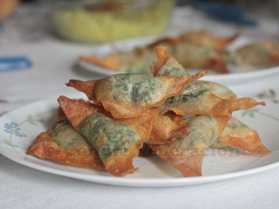 Spinach and cream cheese dumplings