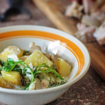 Butter-fried potatoes, oyster mushrooms and baby spinach with yogurt
