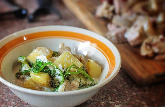 Butter-fried potatoes, oyster mushrooms and baby spinach with yogurt | casaveneracion.com