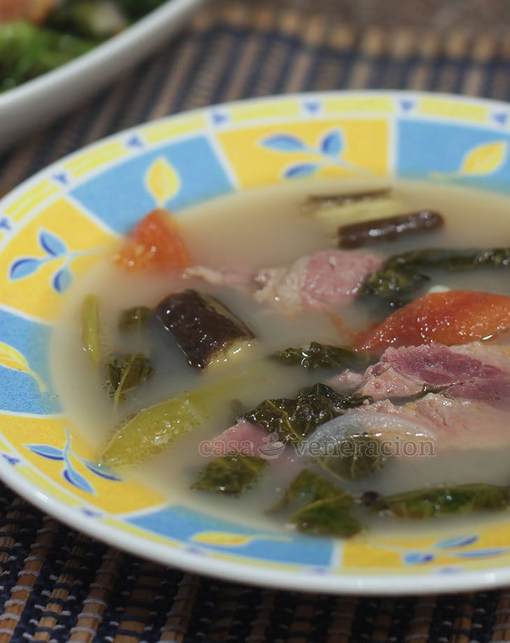 Inspired by a comment from my daughter about a corned beef sinigang that she enjoyed at Sentro 1771, I cooked a home version — with homemadecorned beef, of course. Amazing. I thought that cooking sinigang with the best broth was the ultimate key until I cooked corned beef sinigang.