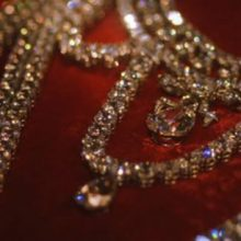A 2,800-carat diamond necklace that Marie Antoinette rejected and the fall of the French monarchy
