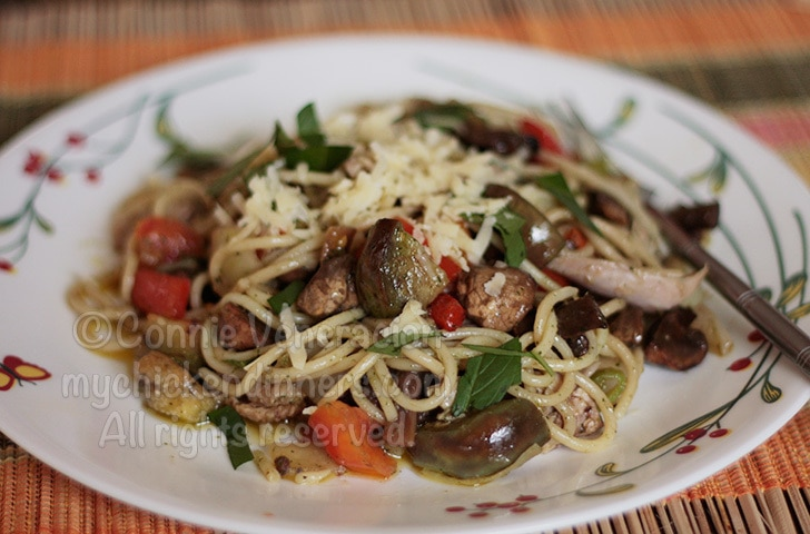 Chicken Pasta With Mushrooms, Vegetables and Pesto