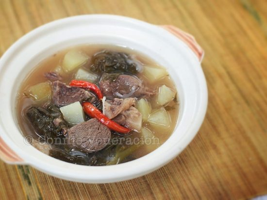 Beef and green papaya with sweet-sour tamarind soup