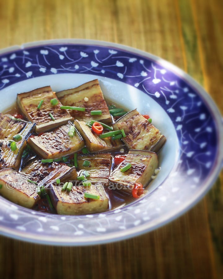 Pan-grilled eggplant with kalamansi-chili sauce