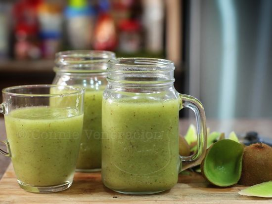 Honeydew, kiwi and cucumber smoothie