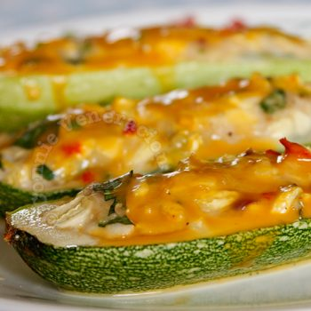 Cheesy Chicken-stuffed Zucchini