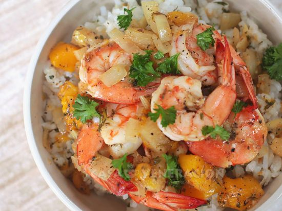 Shrimps With Sweet Mangoes and Pineapple Recipe