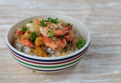 Shrimps With Sweet Mangoes and Pineapple
