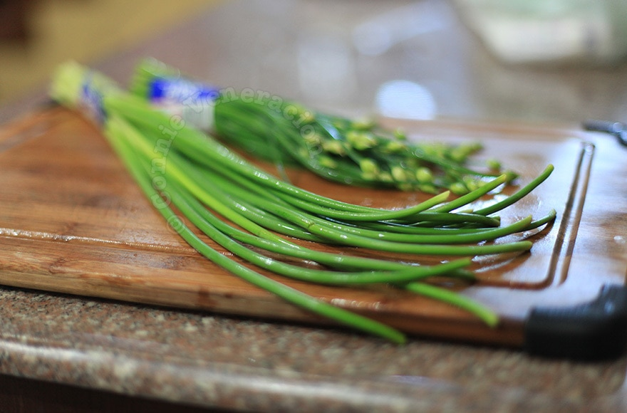 What's the difference between garlic scapes and spring garlic?