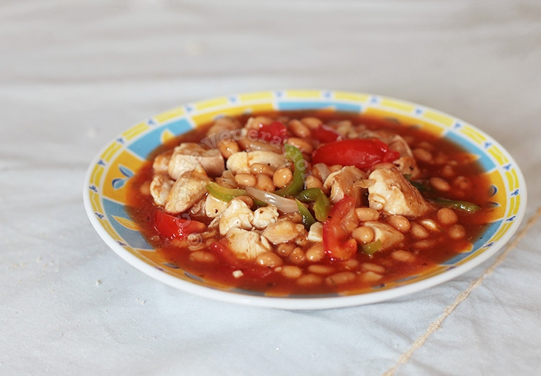 Chicken and Beans Stew | casaveneracion.com