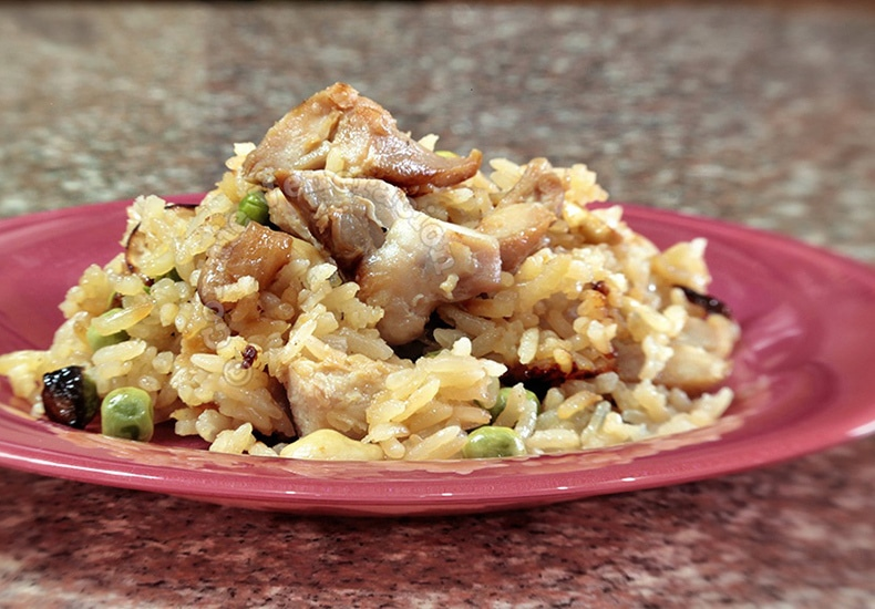 Easy Tasty Chicken Pilaf | casaveneracion.com