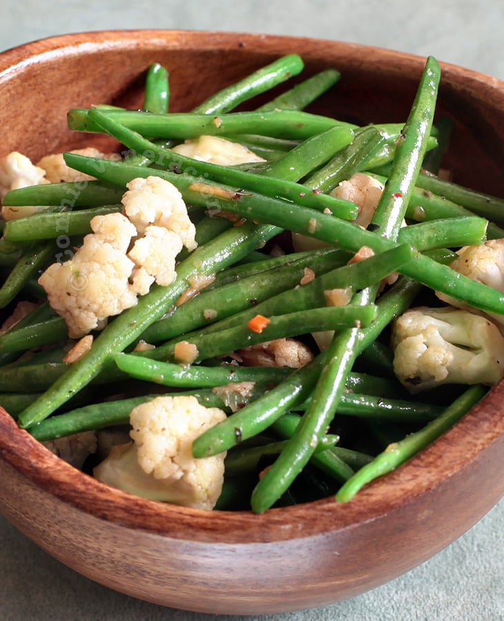 Green Beans and Cauliflower With Herbed Butter