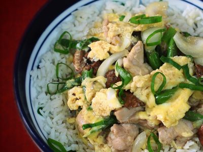 Chicken, Mushrooms and Eggs Rice Bowl