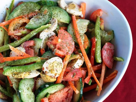 Salted Quail Eggs and Vegetables Salad