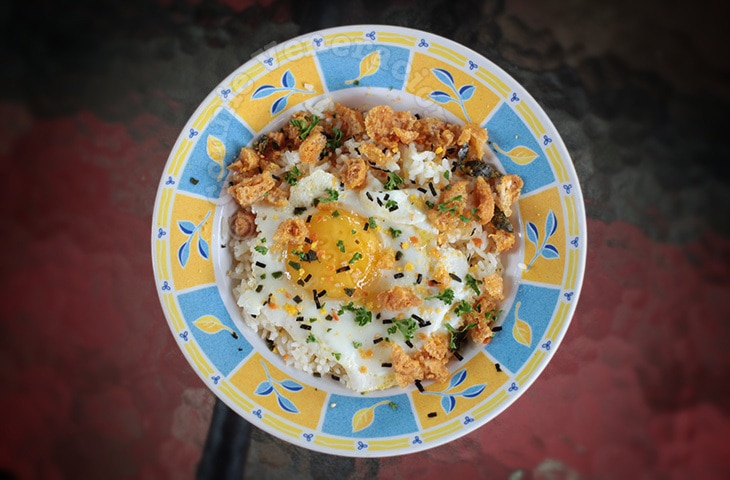 Salted Egg Chicharon Fried Rice | casaveneracion.com