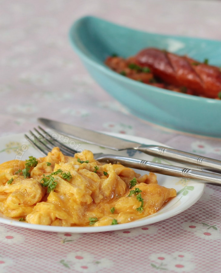Scrambled Eggs with Franks and Beans (Beanie Weenies)