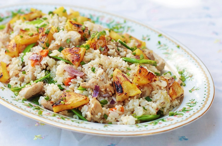Chili Chicken Fried Rice With Grilled Pineapple | casaveneracion.com