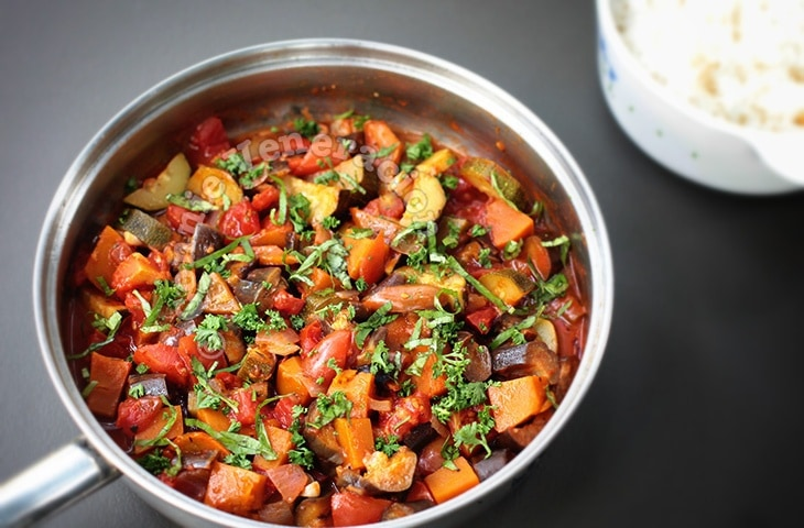 Ratatouille (French Provençal Stewed Vegetables)