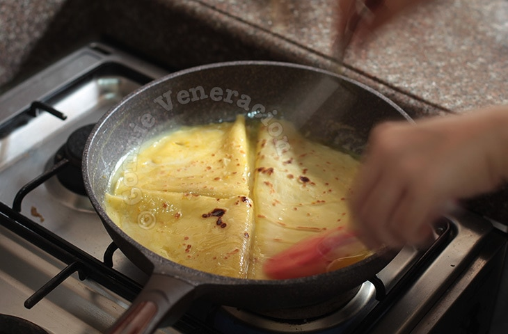 How To Make Crêpes Suzette: A Step-by-step Visual Guide