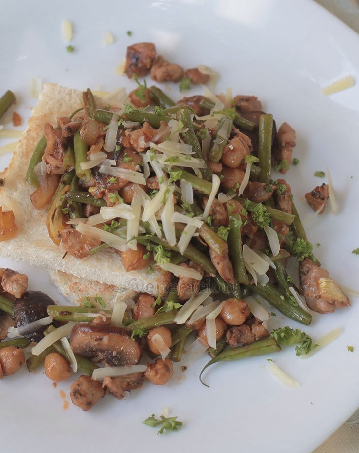Give your Thanksgiving side dish a new twist with this honey balsamic mushrooms, green beans and chick peas! Brown the mushrooms for best results.