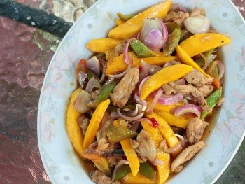 Spicy Stir Fried Chicken and Fresh Mangoes