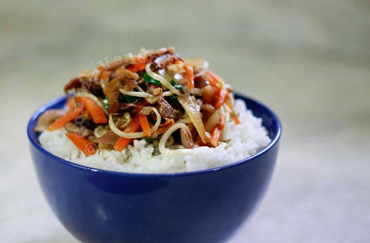 Chukadon: Stir Fried Vegetables and Meat Rice Bowl | casaveneracion.com