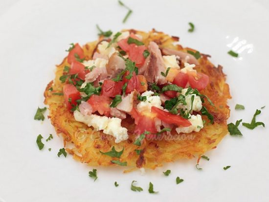Cook the Perfect Swiss Rösti: Top With Feta, Ham and Tomatoes