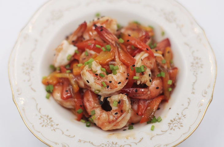 Spicy hot, sweet and subtly tangy, these Szechuan shrimps with plum sauce takes 10 minutes to prepare and under seven minutes to cook.