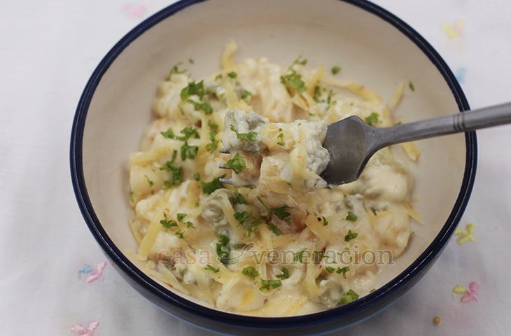 Involve your kids in holiday cooking by using fancy pasta shapes for this delectable mac and cheese with gouda, provolone and mozzarella. It's fun!