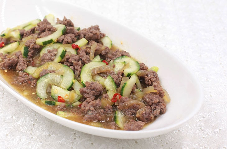 Draw out the excess liquid from the cucumber by tossing it with salt and letting it sit for 30 minutes. Squeeze and its ready for cooking chili ground pork and cucumber stir fry.