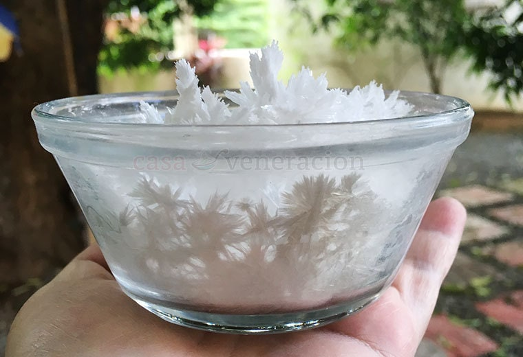 We use baking soda for the litter box, for getting stink out of shoes, for cleaning jewelry and for cleaning the inside of the microwave. But our longest non-food use for baking soda is to deodorize the refrigerator. How the baking soda in the fridge became snowflake-like is another story.