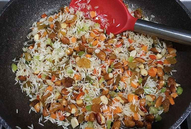 How to cook pilaf: toss the rice in oil and make sure that every grain is glistening with oil