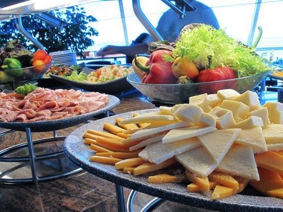 What's the Difference Between buffet and smorgasbord?