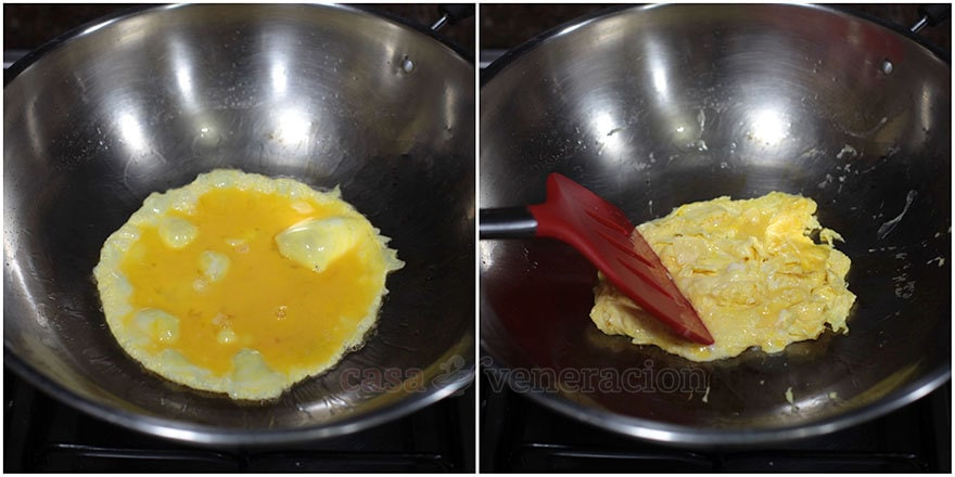 How to cook Chinese-style fried rice, step 1: Cook the eggs