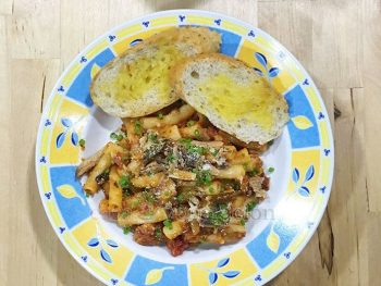 In cooking sardines pasta, choose the sardines with caution. The ones that come in jars are more firm and better-flavored. I especially like spicy Spanish-style in oil. Cook your pasta. Toss in tomato sauce. Stir in the oil from the jar and, finally, add the crumbled sardines. Easy. Cheap. Delicious!