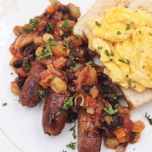 Sometimes, a old and tired dish can benefit from a little update. Sausage and eggs for breakfast again? Braise the fried sausages in black bean salsa. New look. New flavors. New textures. Wonderful!
