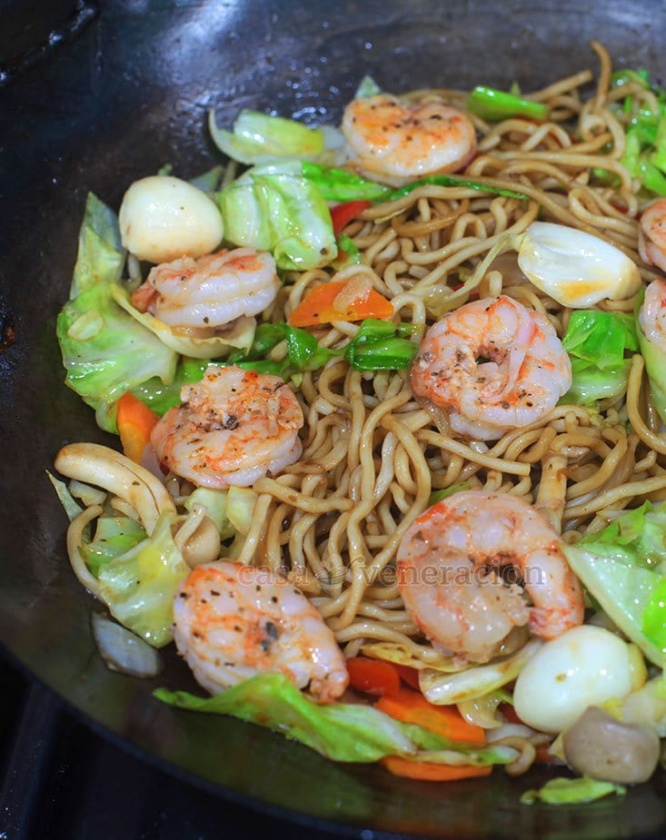 Shrimp Chow Mein Recipe With Step-by-step Photos