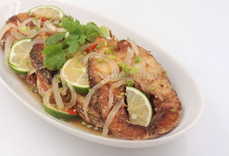 Vietnamese-style Sweet and Sour Fish Recipe