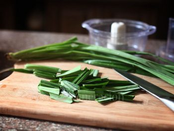 How to Use Pandan Leaves in Cooking
