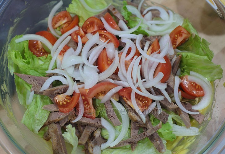 Beef Tongue Salad With Herbed Croutons Recipe, Step 5: Thrown in onions