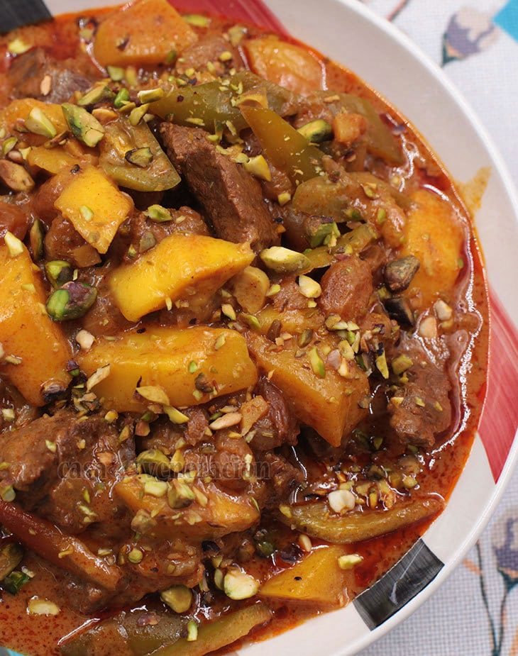 """A lovely stew that mimics """"beef curry"""""""