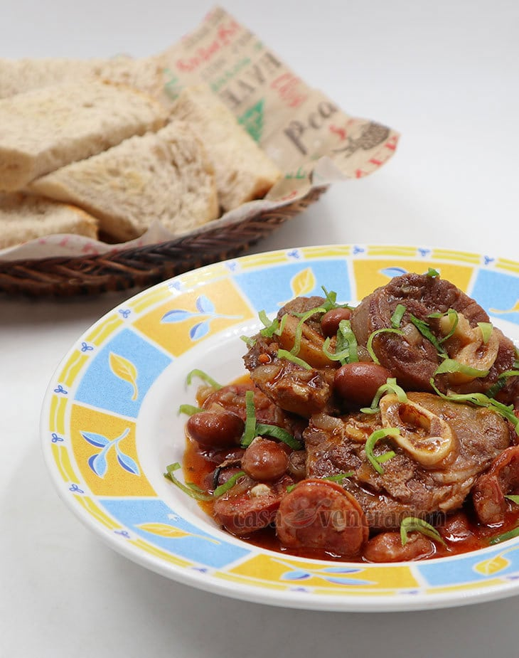 How to Cook Fabada-Style Lamb and Bean Stew