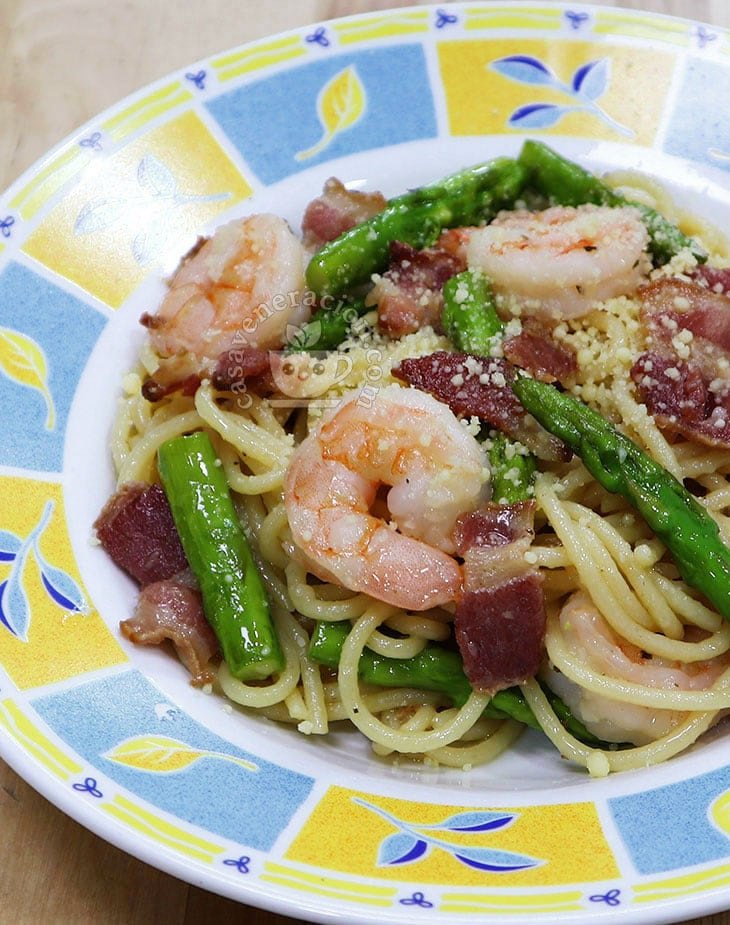 How to Cook 20-minute Bacon, Shrimps and Asparagus Spaghetti