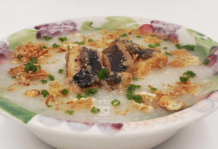 Slow Cooker Congee with Crispy Fried Fish and Tofu Recipe