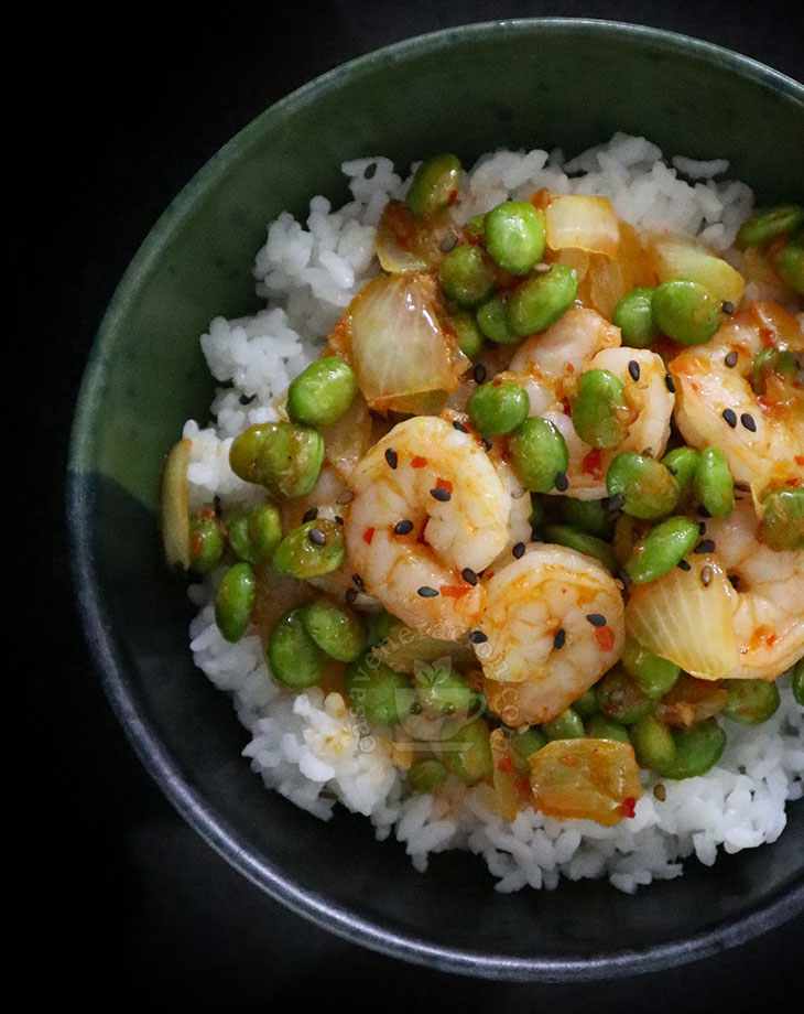 How to Cook Spicy Shrimp and Edamame Stir Fry