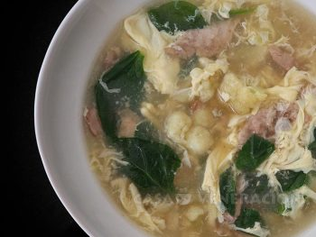 Chicken Cauliflower and Spinach Egg Drop Soup